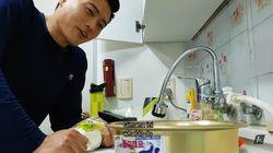 YouTuber Medok Asal Korea Ini Bagikan Tips Minum Soju dan Makan Tteokguk