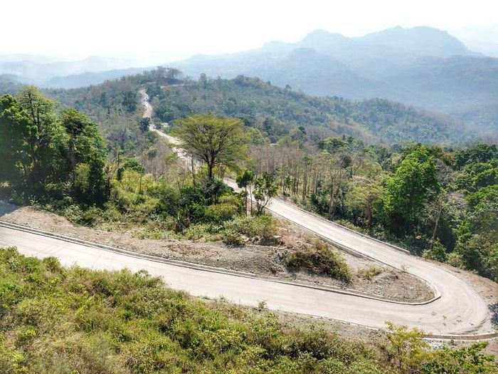 Proyek Luar Negeri WIKA Soibada Road Timor Leste Capai progress 70%. WIKA mendapat kepercayaan dari Pemerintah Timor Leste melalui RDTL Ministry of Republic Works, Transport and Communication untuk merehabilitasi Soibada Matutu Road. Pool/PT Wijaya Karya Tbk.