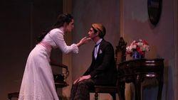 Reza Rahadian Punya Ritual Khusus Sebelum Main Teater