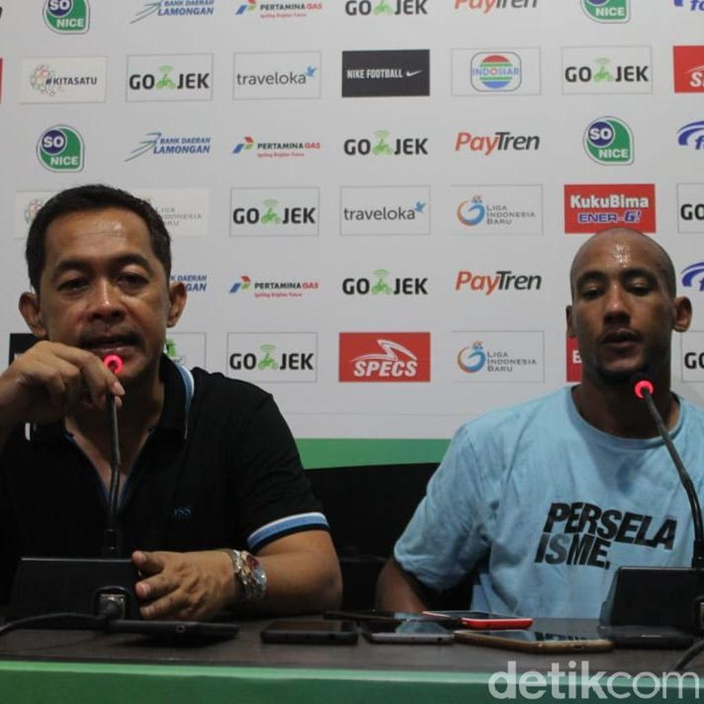 Aji Santoso Ungkap Kunci Keberhasilan Persela Lumat Arema FC