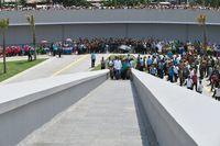 Presiden Jokowi dan Ibu Negara Iriana saat peresmian Monumen Kapsul Waktu di Merauke