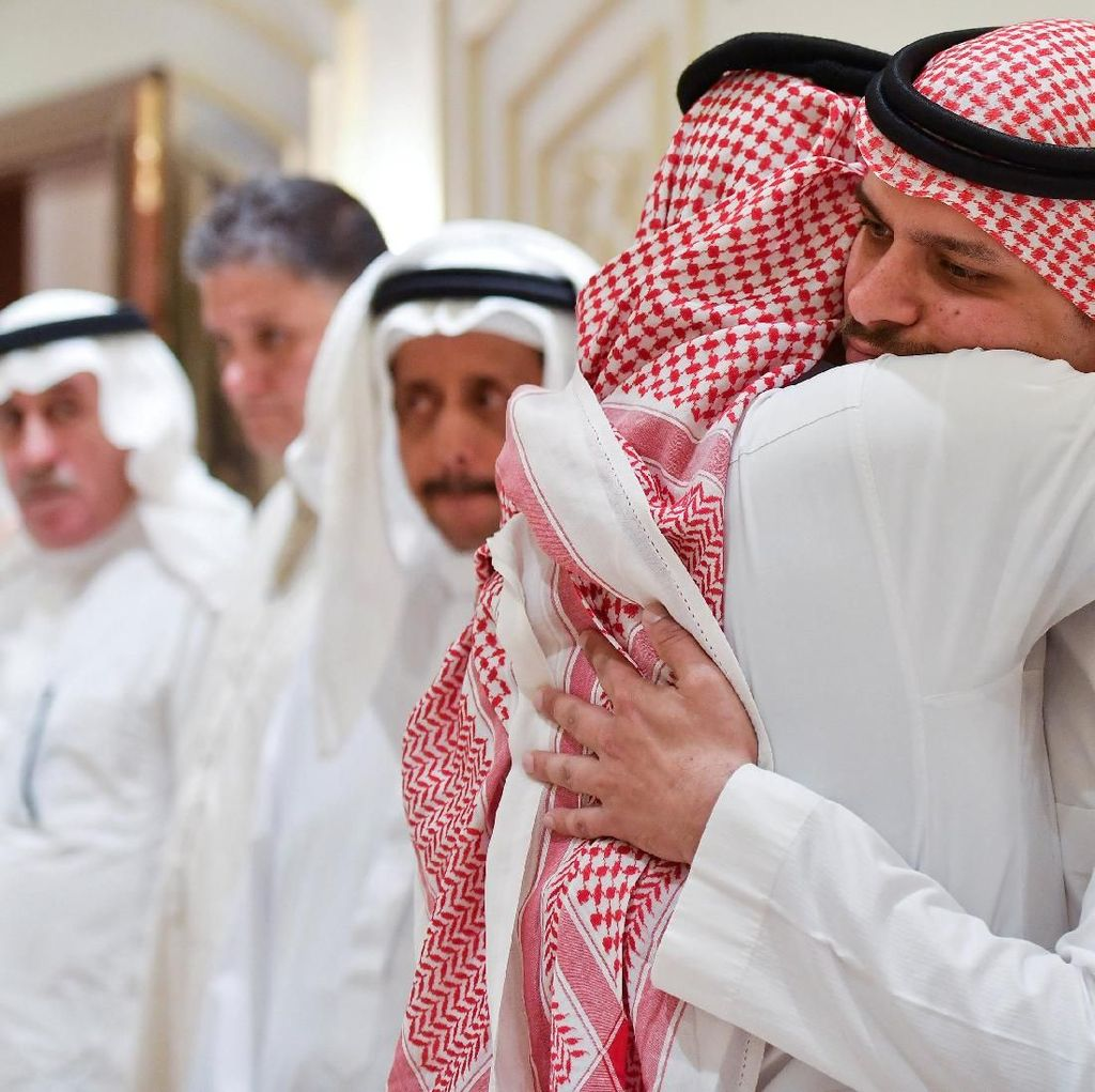 Foto: Ucapan Duka dan Pelukan untuk Putra Jamal Khashoggi