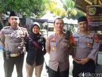 Jajaran Polres Bogor berjaga di lokasi