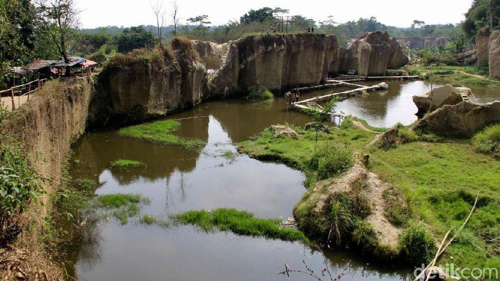 Foto: Kandang Godzilla di Tangerang