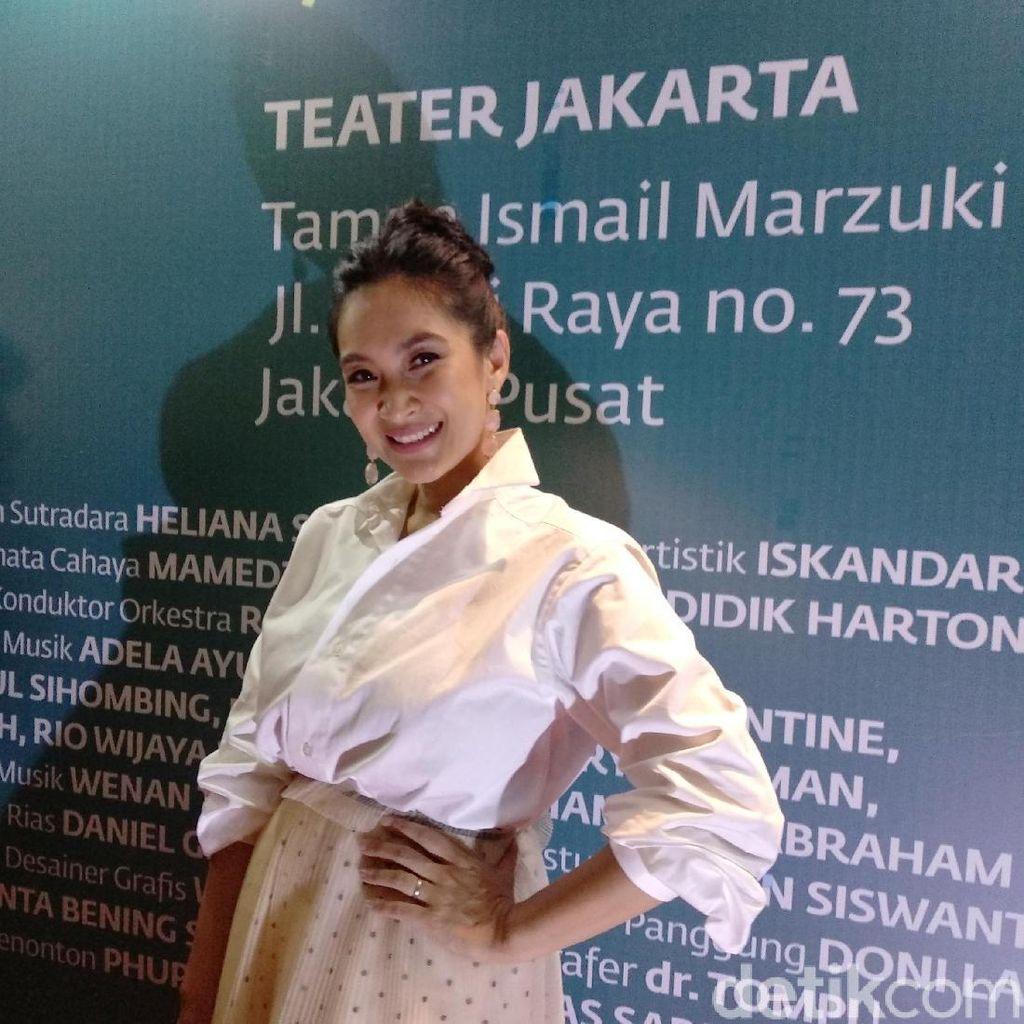 Happy Salma Ungkap Pentingnya Adaptasi Karya Sastra ke Panggung