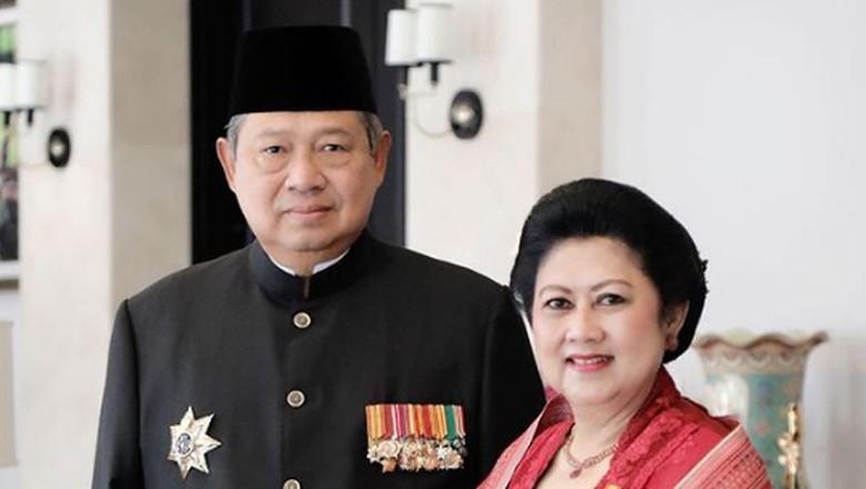 SBY dan Bu Ani Nyoblos di Singapura 14 April