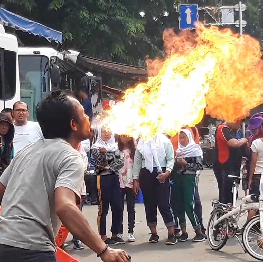 Atraksi Kuda Lumping Curi Perhatian di CFD Jakarta