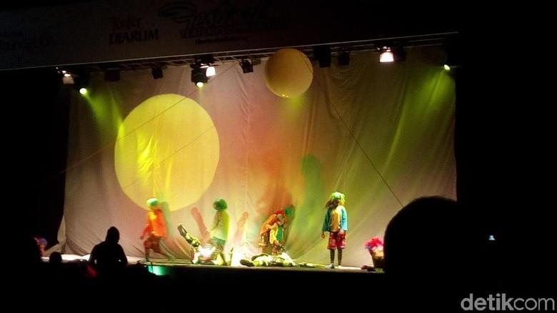 Terbaik di Jerman, Teater Tanah Air Pentaskan lagi Lakon Help di Kudus Foto: Akrom Hazami/ detikHOT
