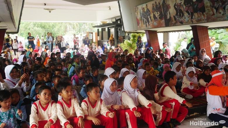 Dongeng Bantu Sembuhkan Trauma Anak-anak Korban Gempa Lombok/ Foto: Amelia Sewaka