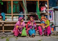 Penduduk Malana hanya bisa menikah dengan penduduk Malana alias tidak boleh dengan orang luar. Kalau sampai melanggar, bisa diusir dari desa. (Samantha Leigh Scholl/Alamy/BBC Travel)