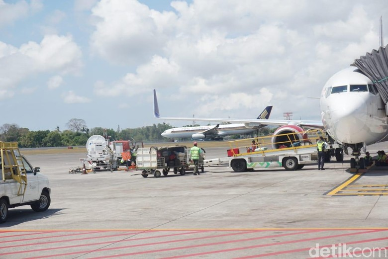 Emak-emak yang Kejar Pesawat Diberi Tiket Gratis Terbang ke Jakarta