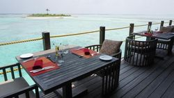 Foto: Memanjakan Mata dan Lidah di Resort Mewah Maldives