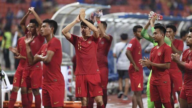 Timnas Indonesia gagal ke semifinal Piala AFF 2018 usai Filipina bermain imbang 1-1 lawan Thailand. (