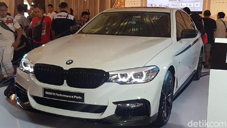 BMW Seri 5 M Performance Parts. Foto: Rangga Rahadiansyah