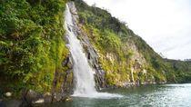 Air Terjun Cantik yang Langsung Mengalir ke Danau Toba