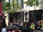 Kenalkan Surabaya ke Dunia, Risma: Taruhannya Nyawa