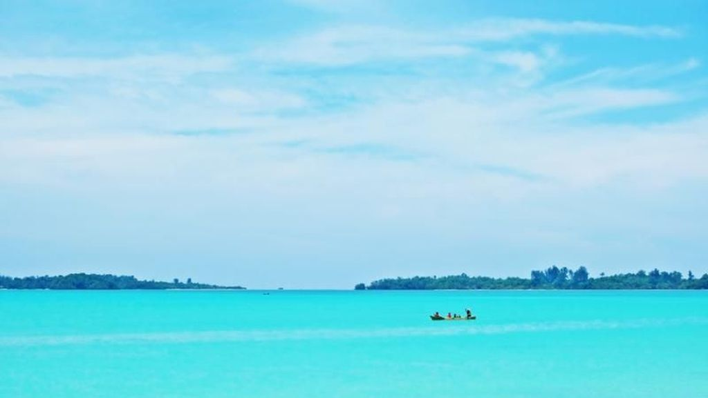 Potret Pulau Widi, Maldivesnya Indonesia
