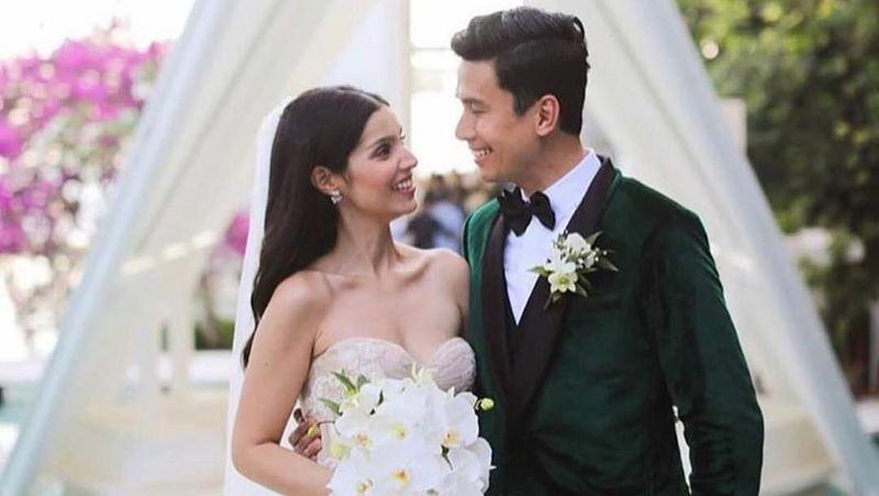 Penyanyi ganteng asal Filipina, Christian Bautista resmi mempersunting Kat Ramnani sebagai istri. Mereka menikah di Bali pada Sabtu (17/11) lalu. (Instagram/@katramnani)