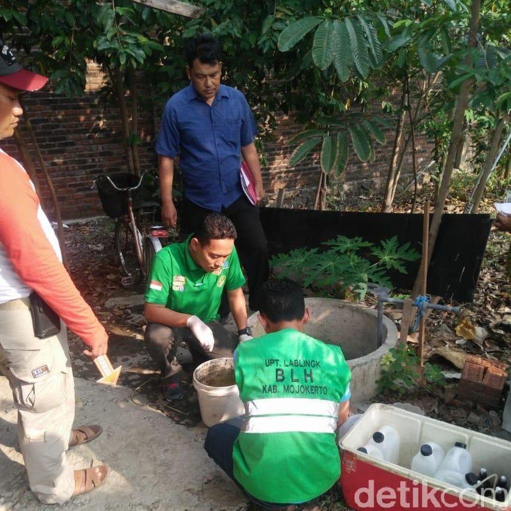 Ungkap Pencemaran Sumur Warga, Ini yang Dilakukan DLH  Mojokerto