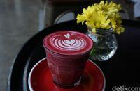 Typicali Coffee : Mantap! Cappucino Cream Brule yang Legit dengan Nachos Berlumur Keju
