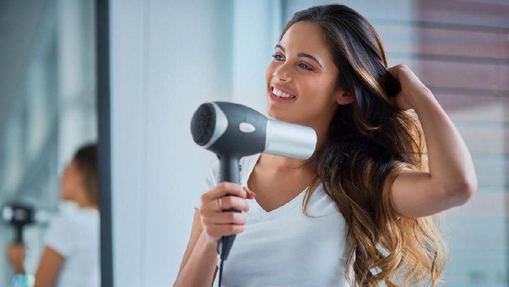 Wanita Habiskan Rp 729 Juta Sepanjang Hidupnya Urus Rambut, Buat Apa Saja?