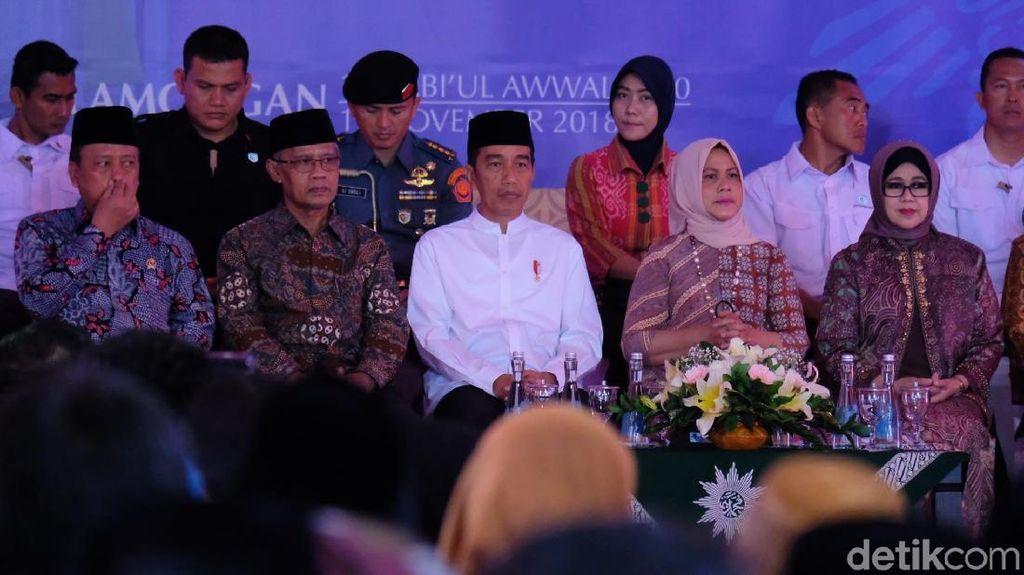 Jokowi: Iriana Dulu Kuliah di Muhamadiyah, Semester 6 Saya Ajak Kawin