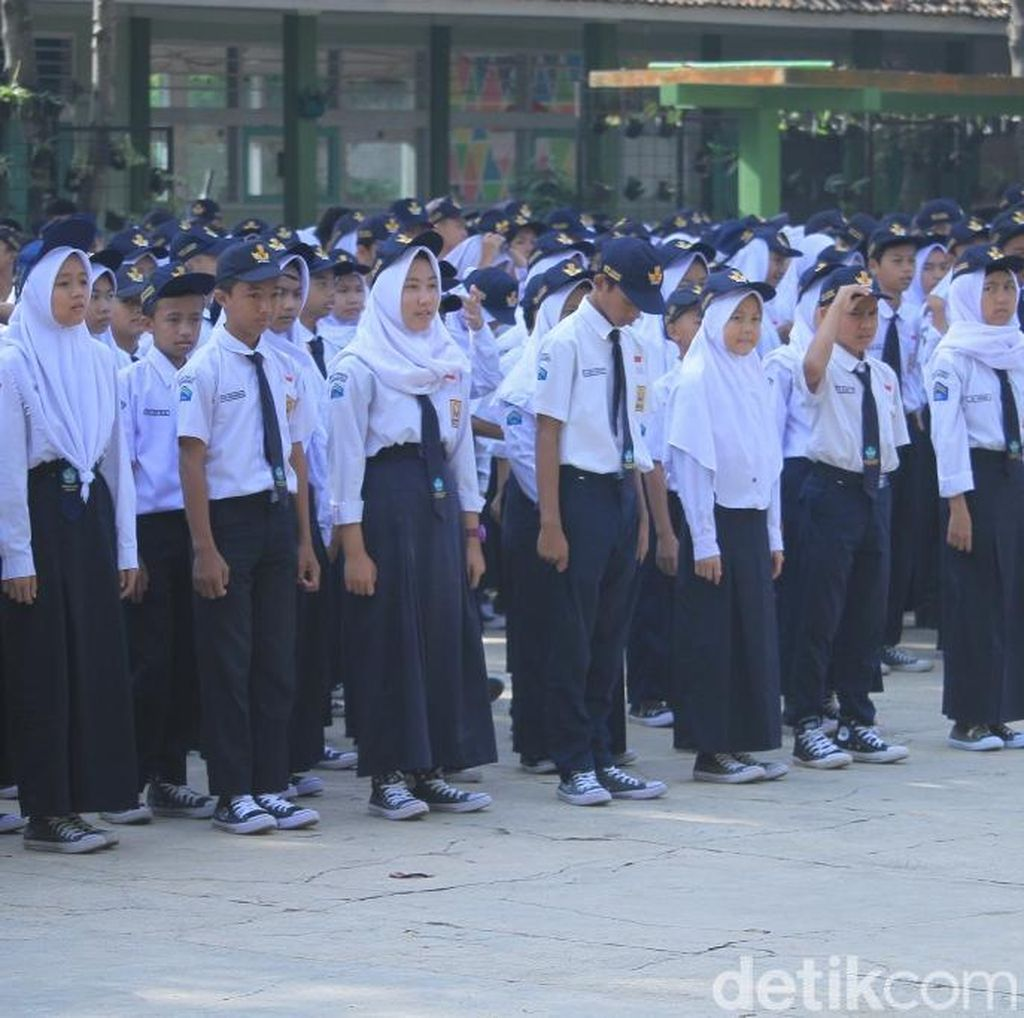 Pelajar SMP di Kabupaten Bandung Deklarasi Tolak LGBT