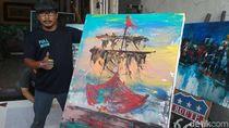 Tanpa Kuas, Seniman Cirebon Ini Melukis Gunakan Jari Tangan