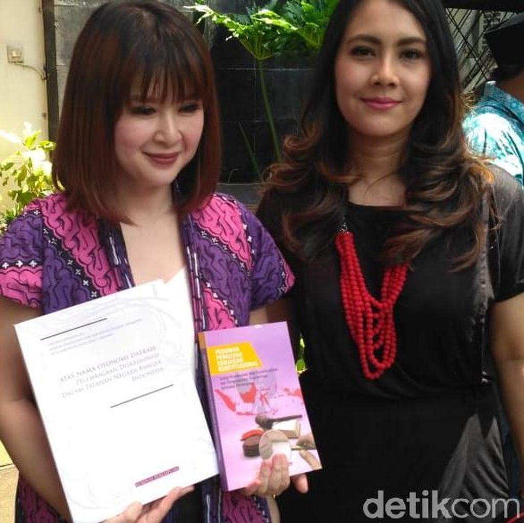 Di Komnas Perempuan, Ketum PSI Dapat Buku Soal Perda Diskriminatif