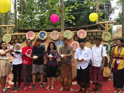 Pakai Uang Kepeng, Sensasi Belanja Tempo Dulu di Peken Nusantara