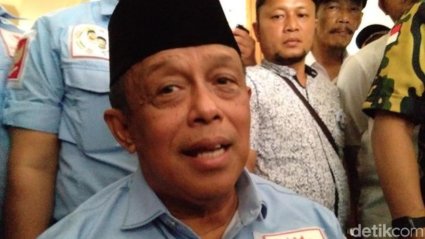 Tafsir Mengejutkan Tim Prabowo untuk Karangan Bunga PDIP