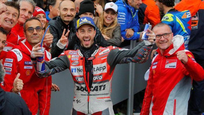 Andrea Dovizioso punya kualitas menjadi juara dunia MotoGP. Foto: Heino Kalis/Reuters
