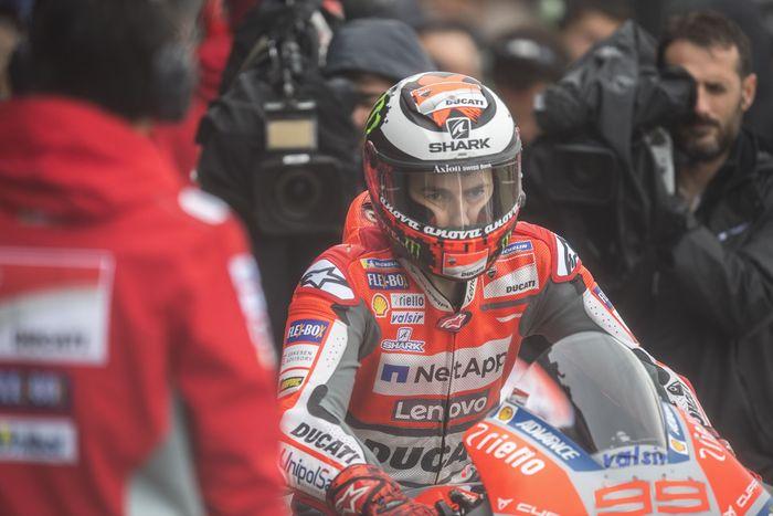 Jorge Lorenzo berpisah dengan Ducati usai MotoGP Valencia. (Foto: Mirco Lazzari gp/Getty Images)
