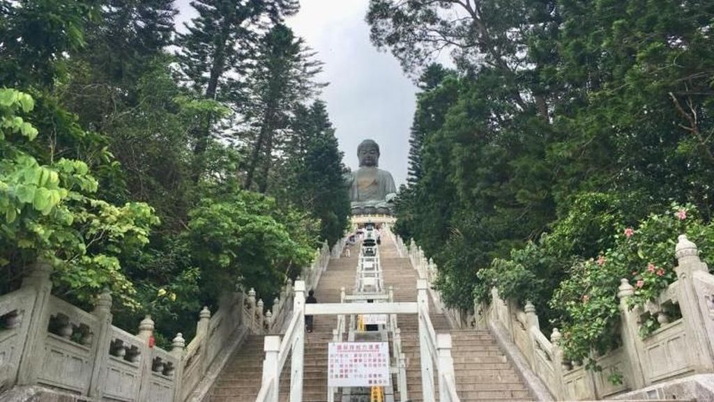 Destinasi Solo Traveling di Hong Kong, The Big Buddha