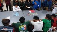 Anak di Surabaya Mabuk Lem, Apa Sih Bahayanya Ngelem?