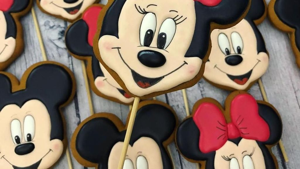 Lucu! 10 Cake Bertema Mickey Mouse Ini Sayang Banget Dimakan