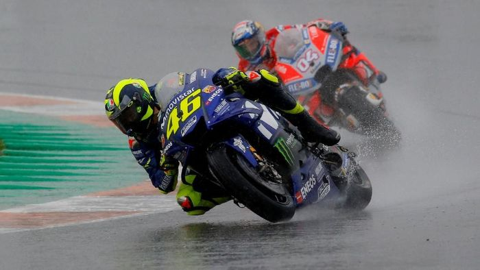 Pebalap Yamaha Valentino Rossi. (Foto: REUTERS/Heino Kalis)