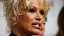 Pamela Anderson Kritik PM Scott Morrison Terkait Nasib Julian Assange