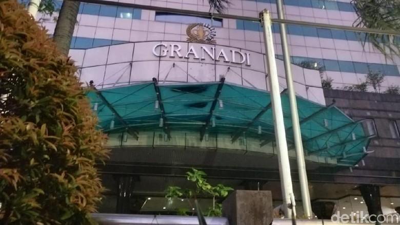 Aktivitas Normal di Granadi Kantor Tommy Soeharto yang Disita