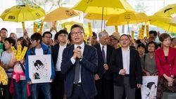 Aktivis Pro-demokrasi Hong Kong Diadili Atas Aksi Mengganggu Publik