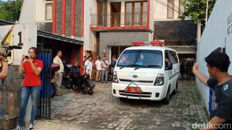 Mayat dalam Lemari, Pemandu Lagu di Mampang Diduga Dibunuh Pakai Palu