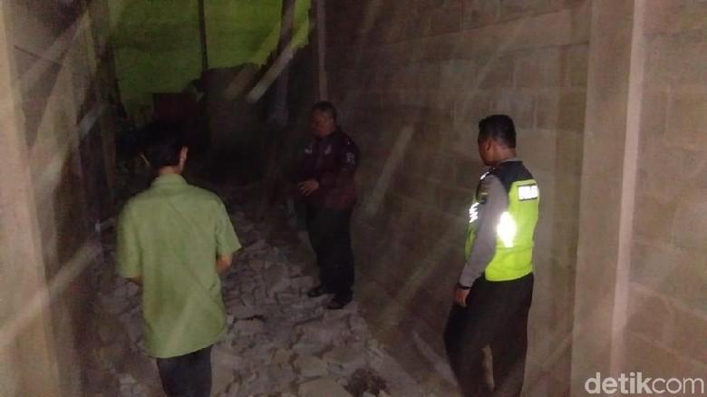 Satu Orang Meninggal Akibat Puting Beliung di Sidoarjo