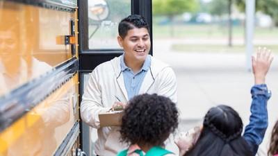 5 Ide Hadiah di Hari Guru Nasional