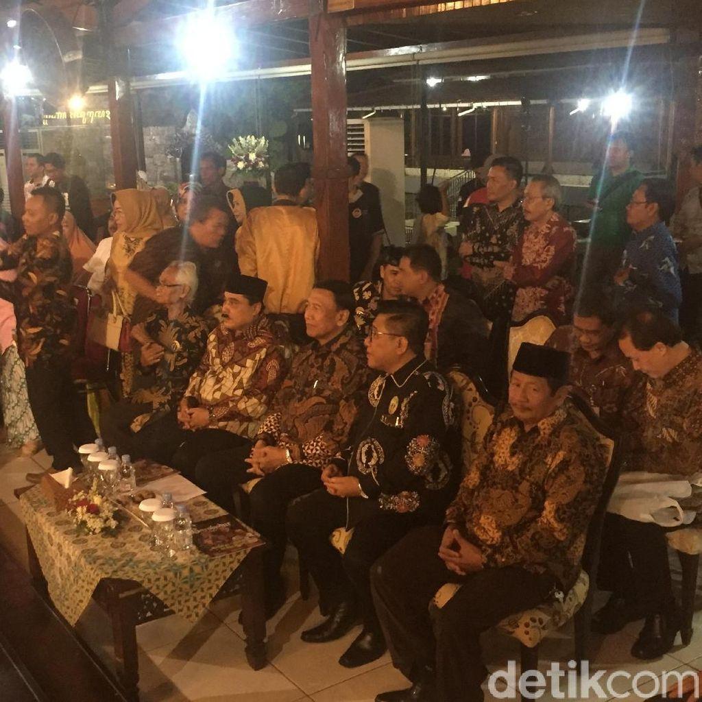 Wiranto Ingatkan Pentingnya Jaga Persatuan di HUT Paguyuban Jateng
