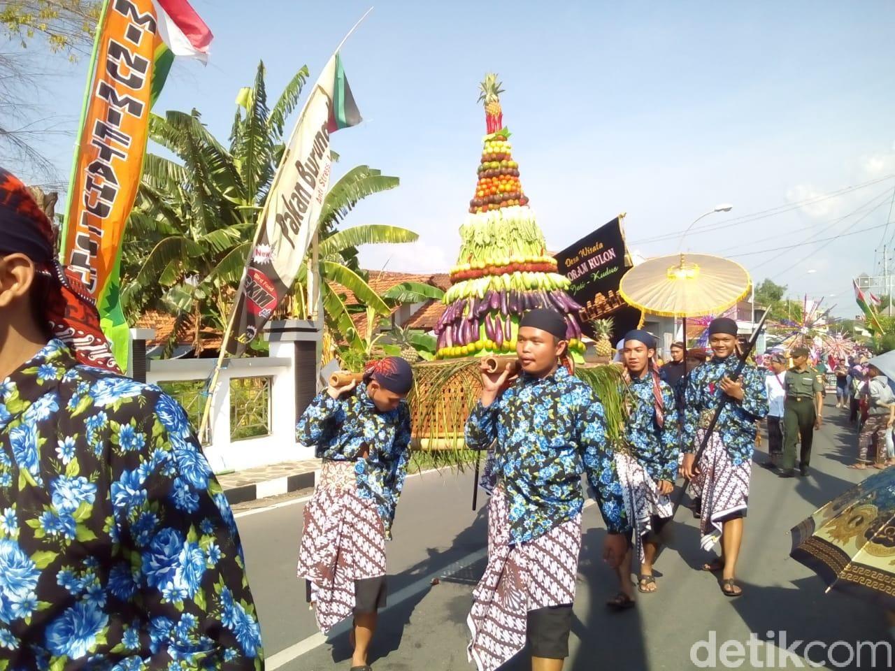 Tradisi Ampyang Maulid di Kudus, Selasa (20/11/2018).