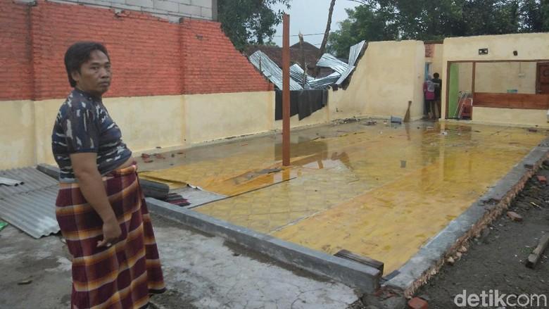 Rumah Rusak Akibat Puting Beliung di Sidoarjo Capai 447 Bangunan