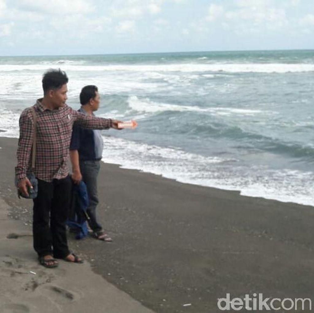 Seorang Remaja Hilang Terseret Ombak Pantai Tanggulangin Kebumen