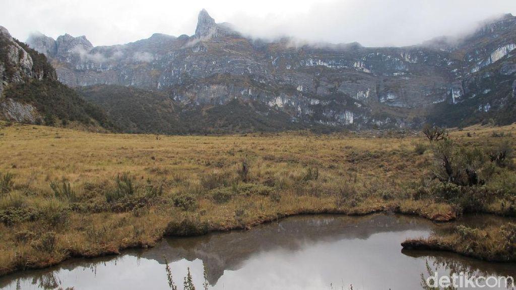 Curhatan Ahli Geologi Papua Tentang Pegunungan Jayawijaya