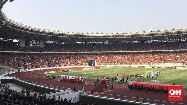 Stadion Utama Gelora Bung Karno terlihat penuh ketika menggelar salah satu laga Persija Jakarta pada Liga 1 2018.