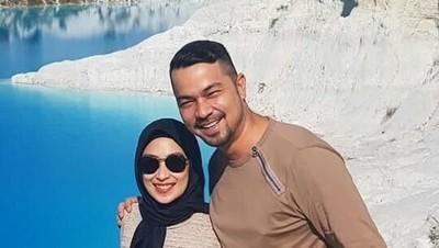 Momen Romantis Sultan Djorghi dan Annisa Trihapsari